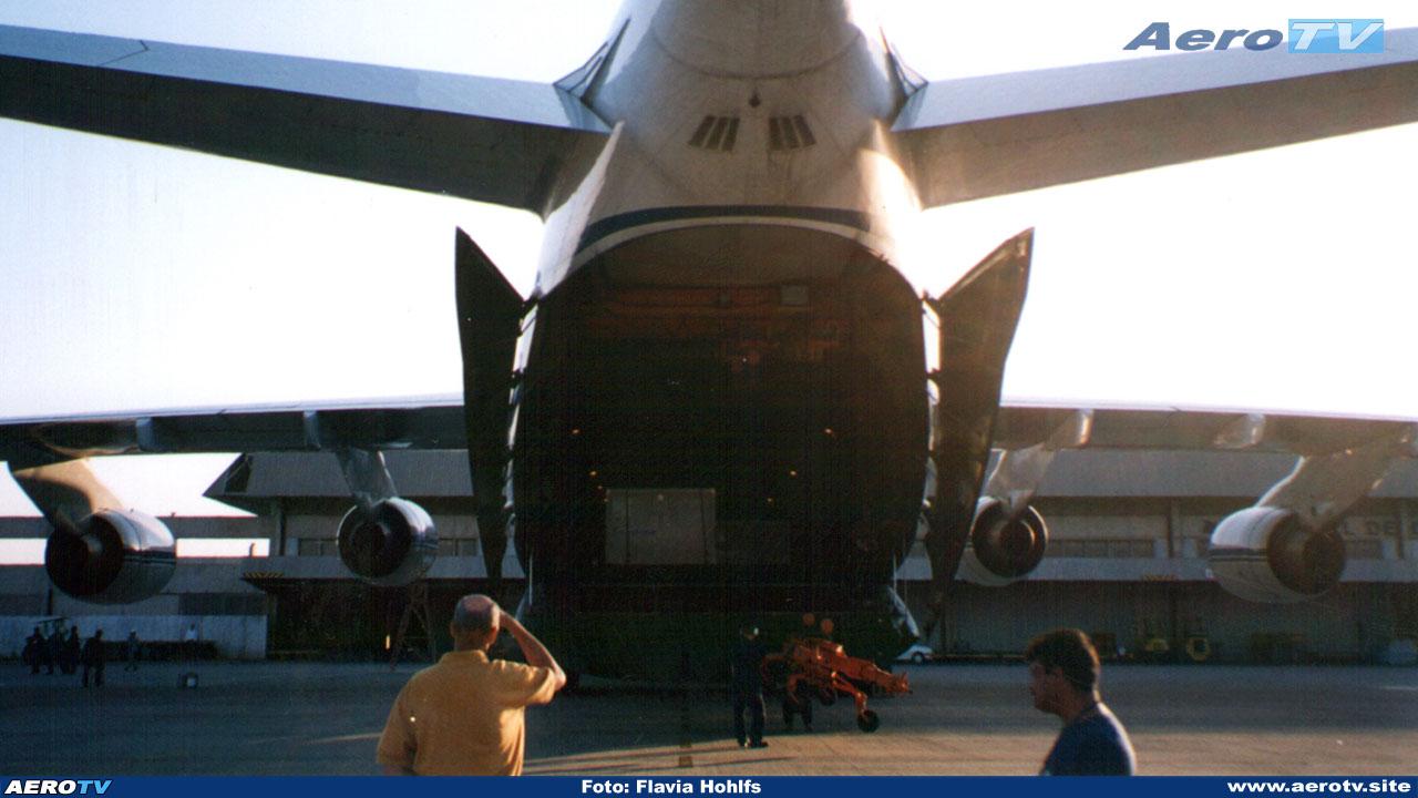 AeroTV - Antonov An124 em Confins
