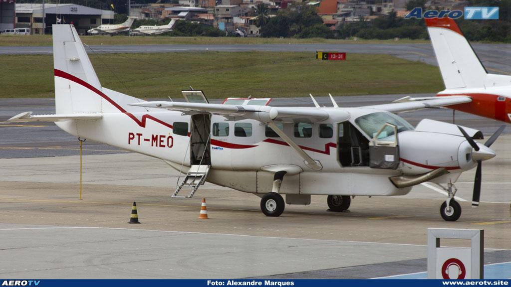 AeroTV - Cessna 208B Grand Caravan matrícula PT-MEO da Two Taxi Aéreo em PLU