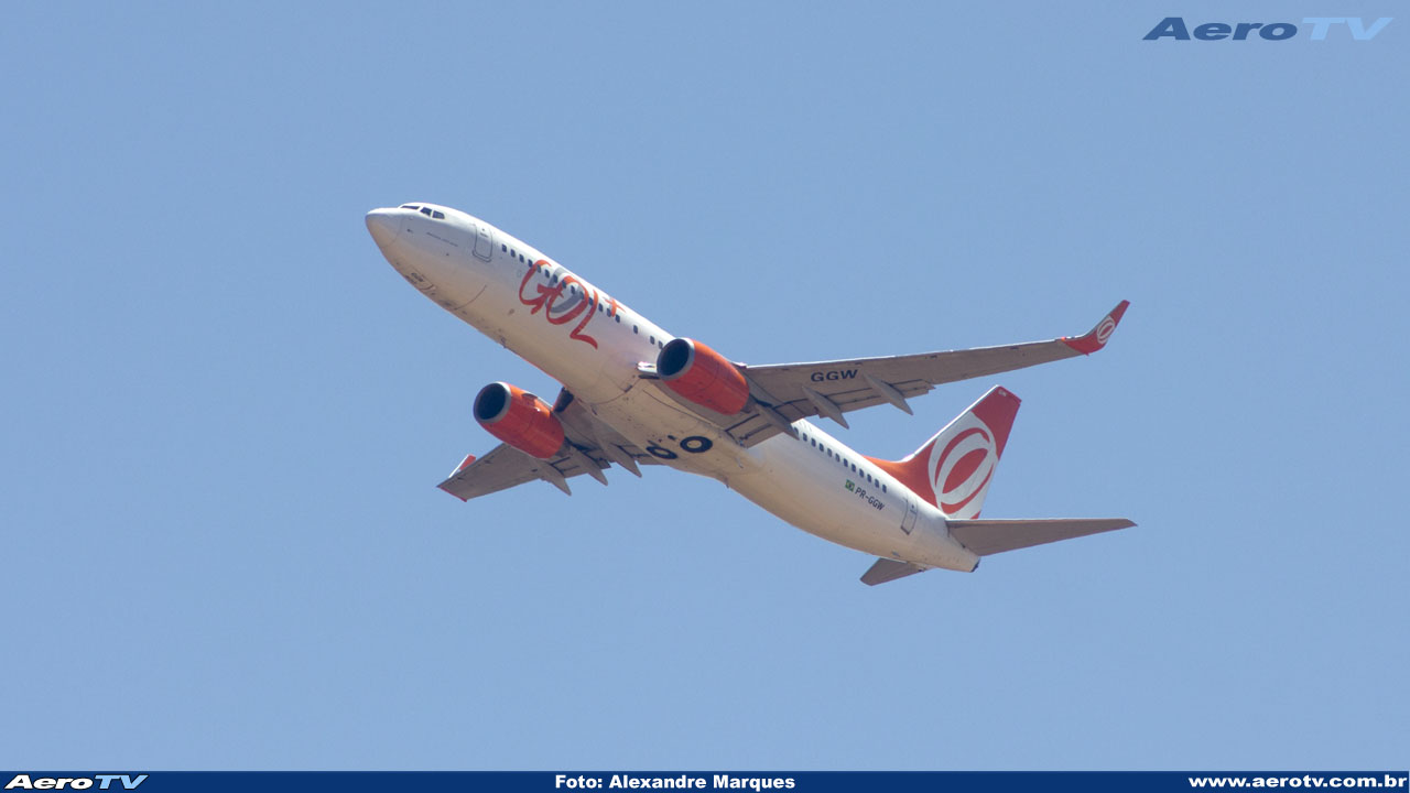 AeroTV - Boeing 737 8EH(WL) da Gol PR GGW