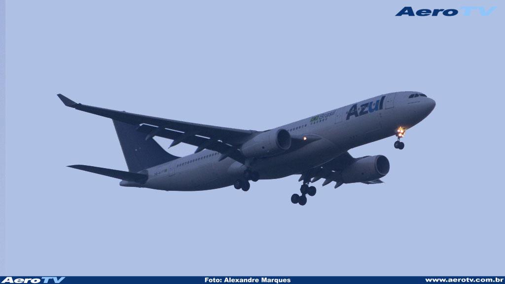 AeroTV - Airbus A330 matrícula PR AIY da Azul