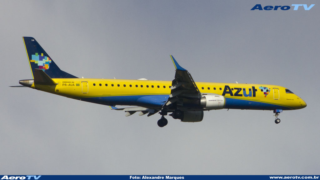 AeroTV - Embraer 195 da Azul matrícula PR AUA