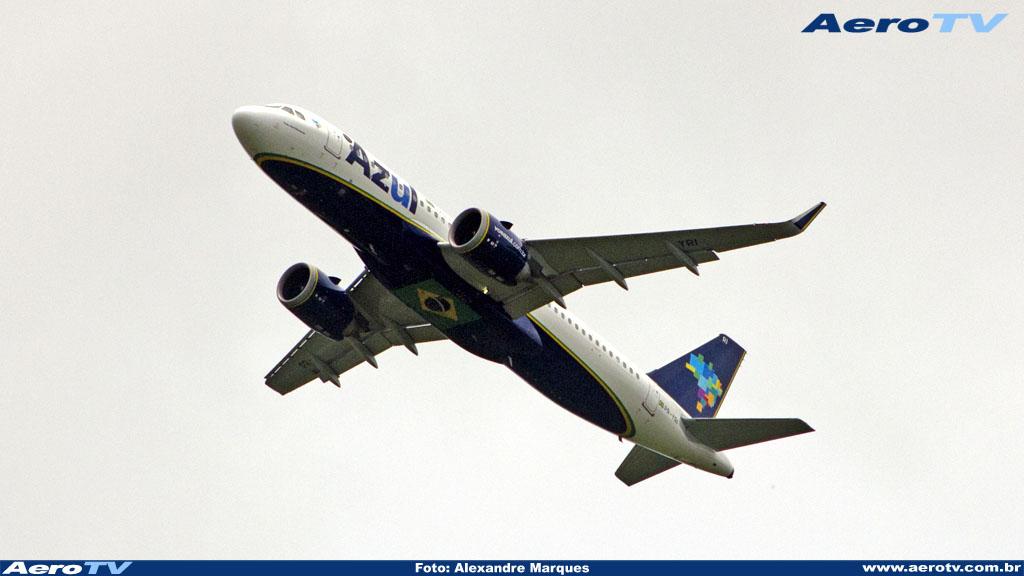 AeroTV - Airbus A320neo da Azul matrícula PR YRI