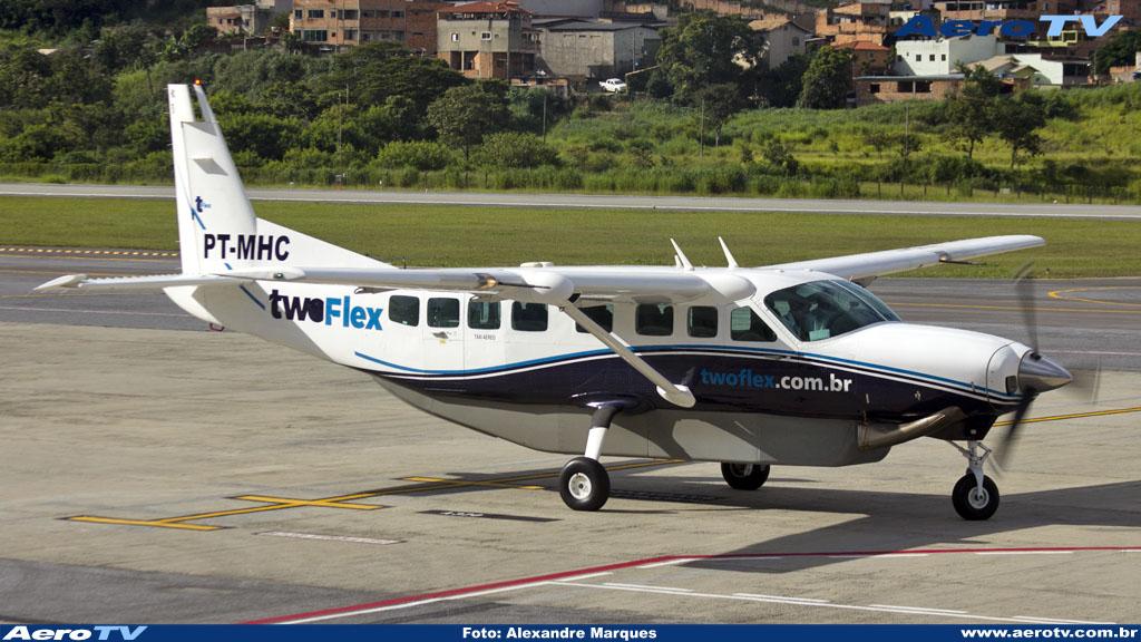 AeroTV - Cessna Caravan PR MHC da Two Taxi Aéreo