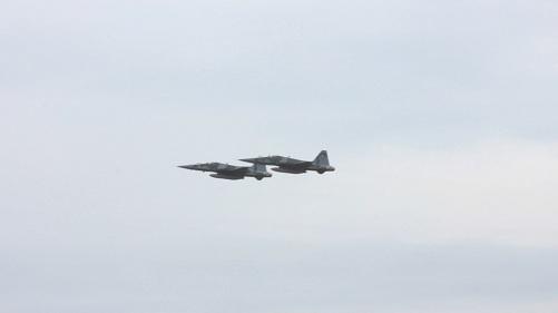 Passagens dos F-5EM em BASC