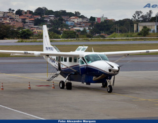 AeroTv - Cessna 208B Grand Caravan matrícula PR-MAU da Two Taxi Aéreo em PLU
