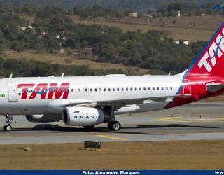 AeroTv - Airbus A319 PR-MBW da Tam