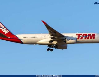 AeroTv - Airbus A350 prefixo PR-XTB da TAM