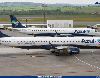 AeroTv - Embraer 195 PR AUC e PR AYW da Azul