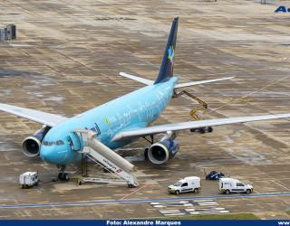 AeroTv - Airbus A330 PR-AIU da Azul