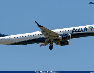 AeroTv - Embraer 195 PR-AXU da Azul