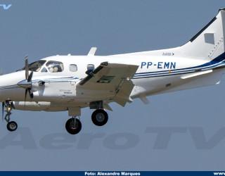 AeroTv - Embraer 121 Xingú II PP-EMN