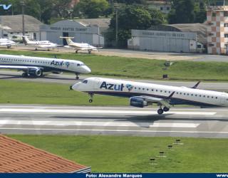 AeroTv - Embraer 195 da Azul PR-AUM e PR-AXB